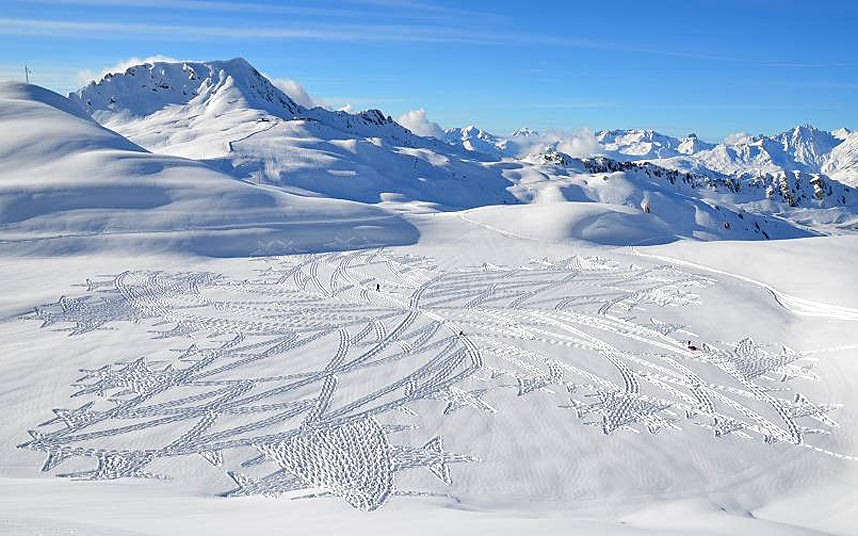 Зимние творения на снегу художника Саймона Бека
