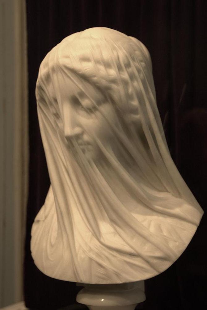 Пост поразительных скульптур