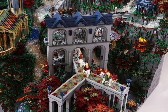 «Властелина Колец» из 200 тысяч LEGO-деталей