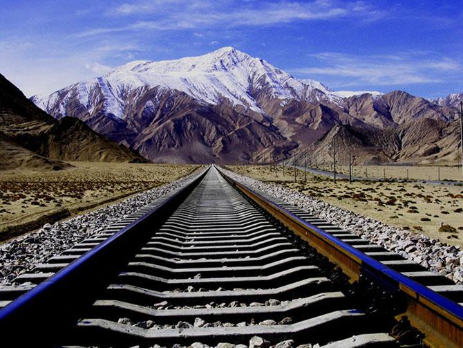 Как китайцы построили железную дорогу в Тибет