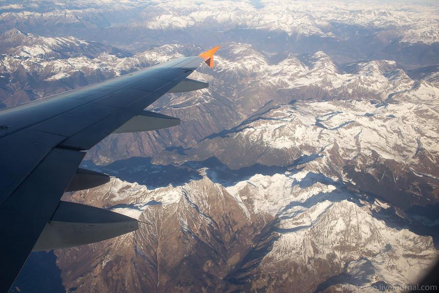 Гол в каменные ворота в горах Италии. Полет человека 150 км/ч