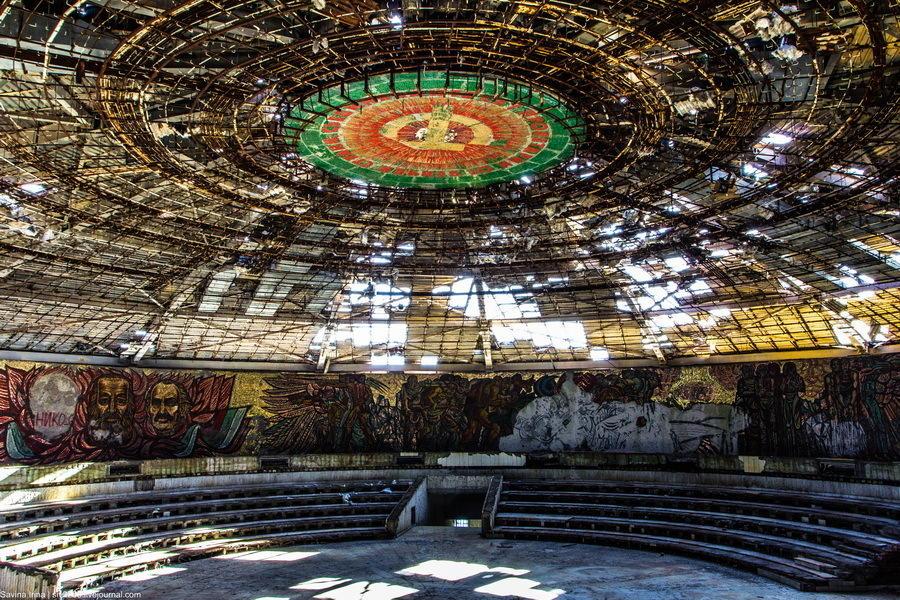 Бузлуджа — храм КГБ в Болгарии