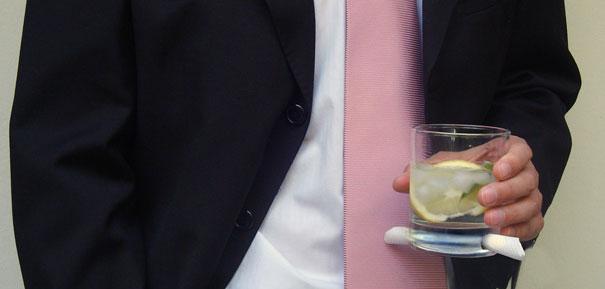 Из скучной тары не пьем