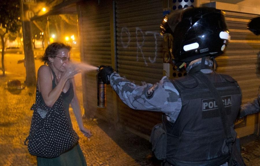 Фотографии бунтов и протестов 2013 года