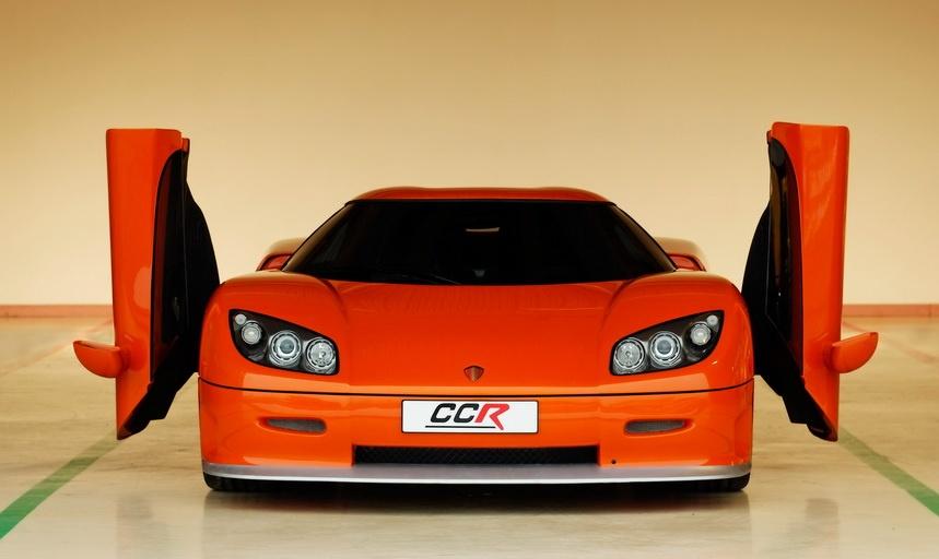 Топ-10 самых быстрых авто в мире