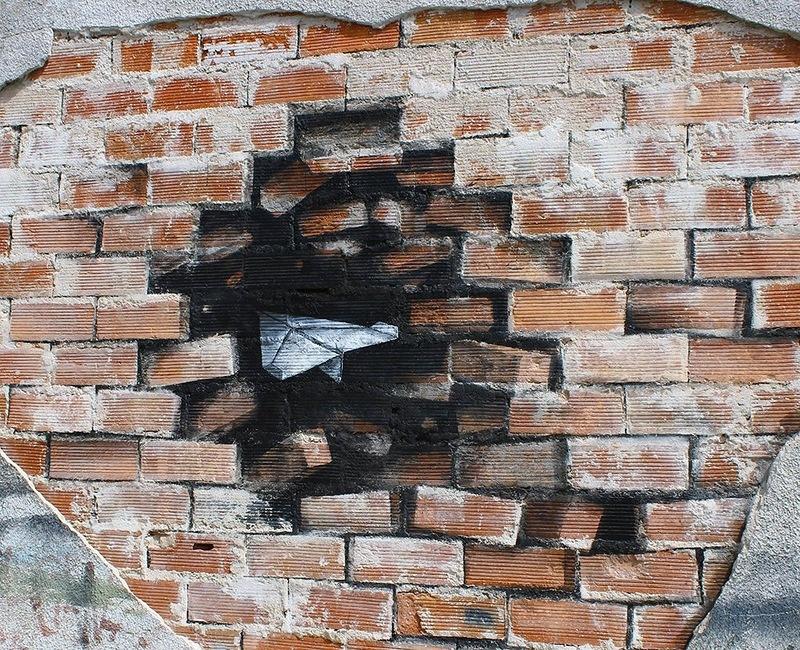 Уличное искусство испанского художника Pejac (10 фото)
