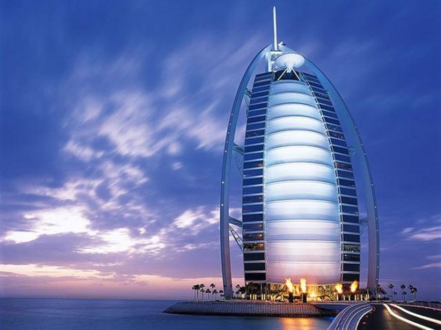 Burj Al Arab единственный 7-ми звездочный отель в мире