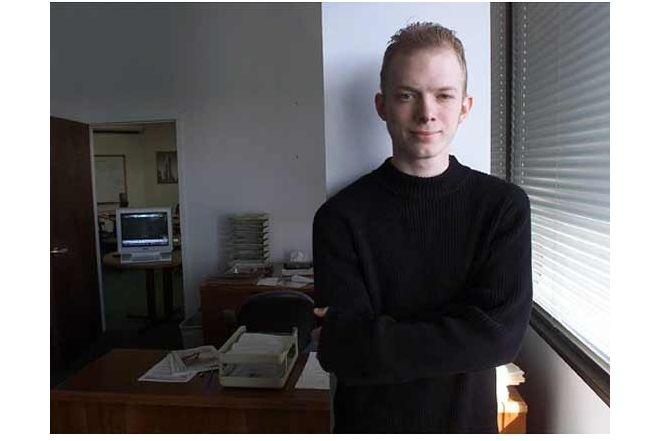 Самый юный биржевой мошенник в мире (6 фото)