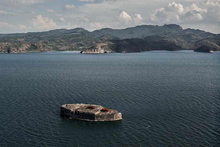 Заброшенные военные объекты по всему миру