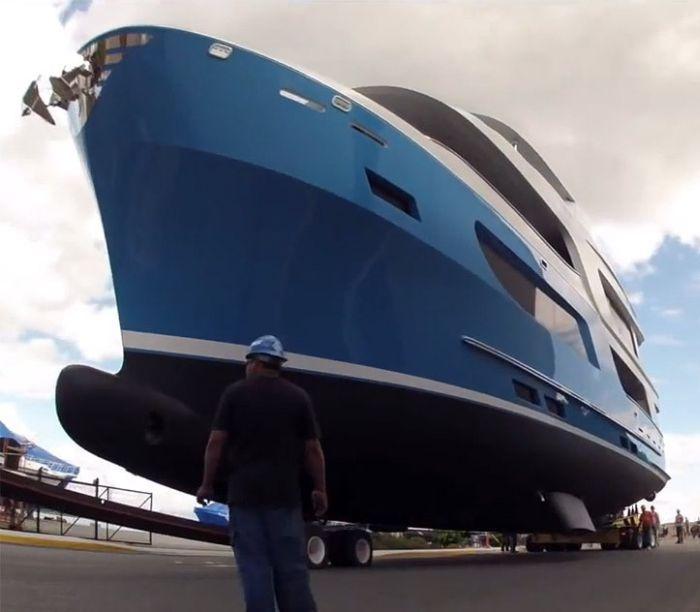Спуск яхты за 6 миллионов - эпичный провал