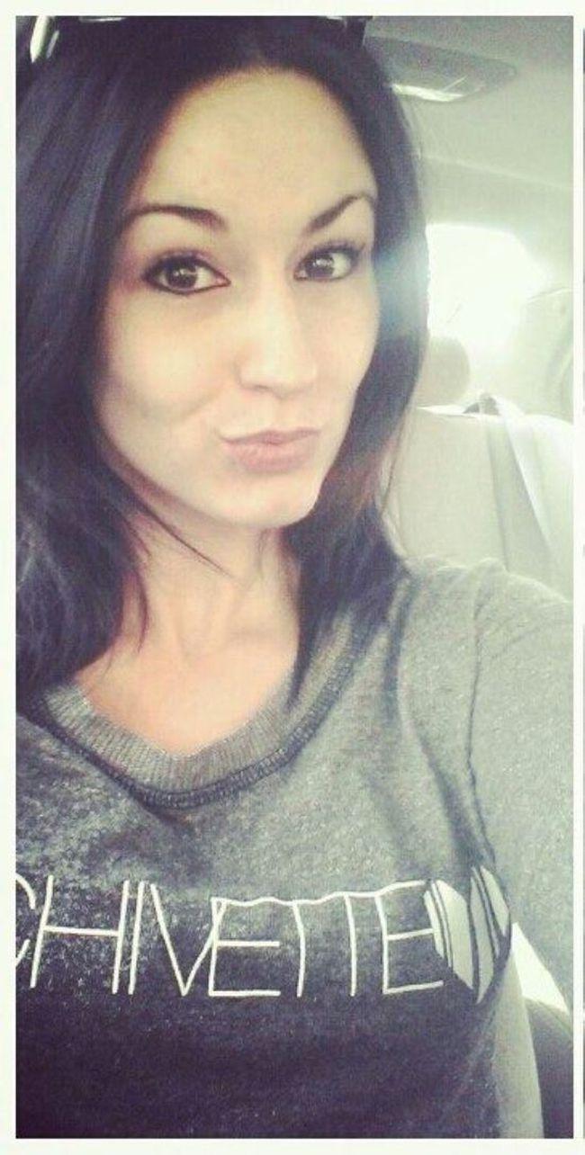 Селфи девушек в авто (36 фото)