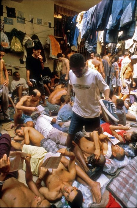 Фоторепортаж из тюрьм Сан-Паулу