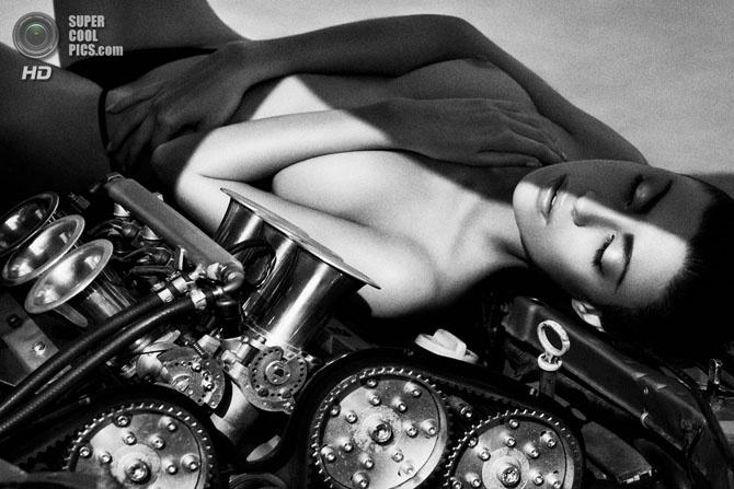 Чёрно-белая эротика Шимона Бродзяка (22 фото) 18+