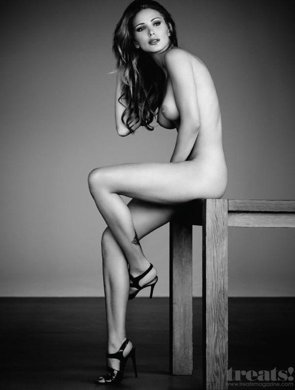 Откровенная фотосессия сексуальной Тины Каскиани (6 фото)