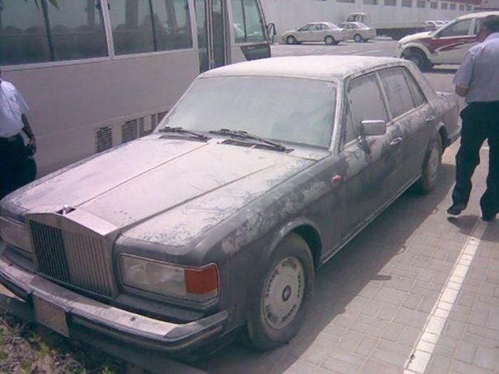 Заброшенные суперкары Дубая (40 фото)
