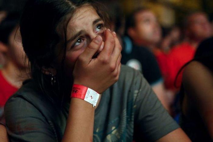 Эмоции разочарования на ЧМ-2014 (25 фото)