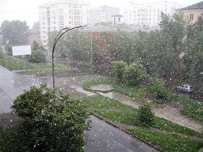 Челябинский снегопад в июле (17 фото)