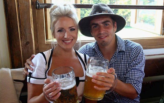 Девушки футболистов сборной Германии (15 фото)