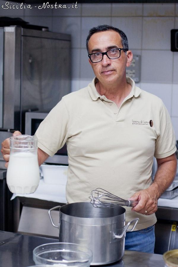 Как делают настоящее сицилийское мороженое