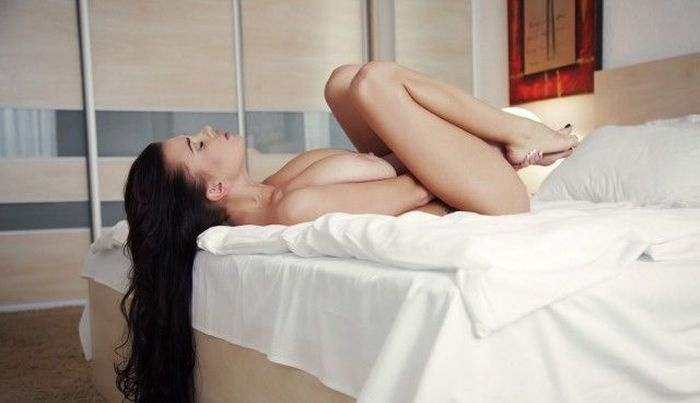 Катя Сидоренко - обладательница самой большой натуральной груди Украины (30 фото)