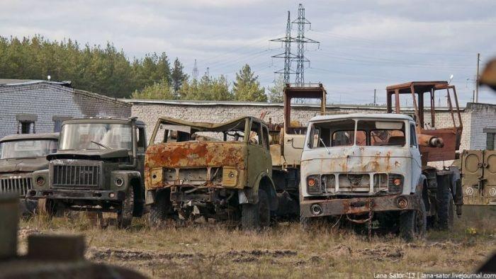 Кладбмище военной техники (40 фото)