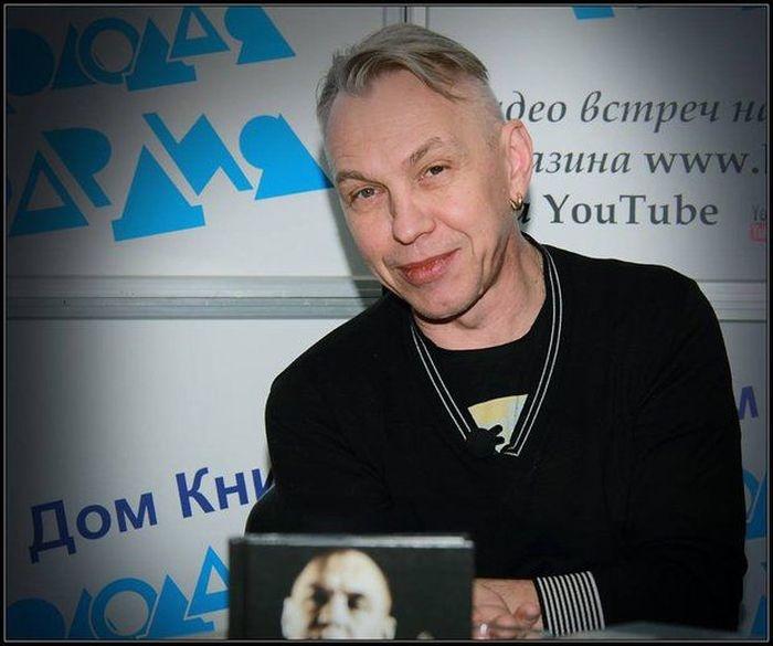 Как изменились звёзды русского рока (56 фото)