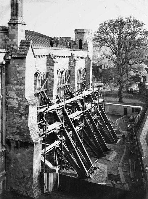 История спасения Уинчестерского собора (5 фото)