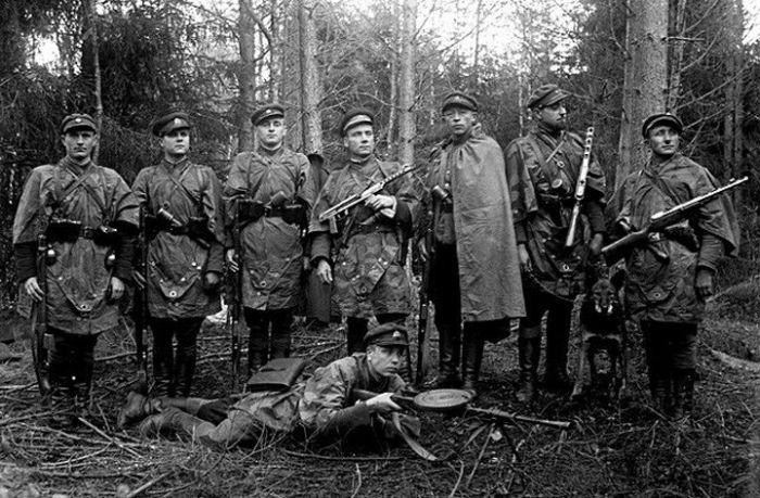 """Кто такие """"Лесные братья"""" Прибалтики (4 фото)"""