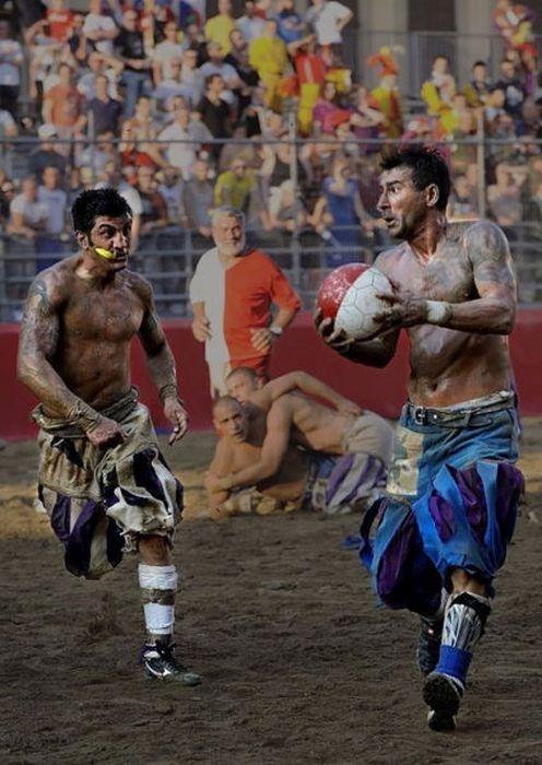 Кальцио Фиорентино: футбол без правил