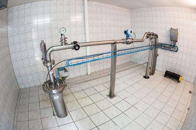 Как разливают питьевую воду «Святой источник» (31 фото)