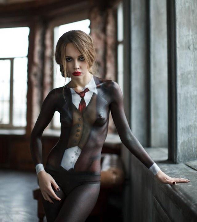 Впечатляющий боди-арт на телах девушек (21 фото)
