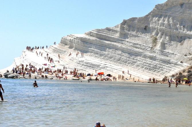 Самые необыкновенные и восхитительные пляжи на Земле (25 фото)