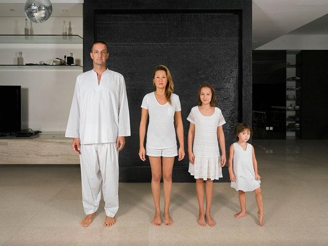 Портреты смешанных семей (8 фото)