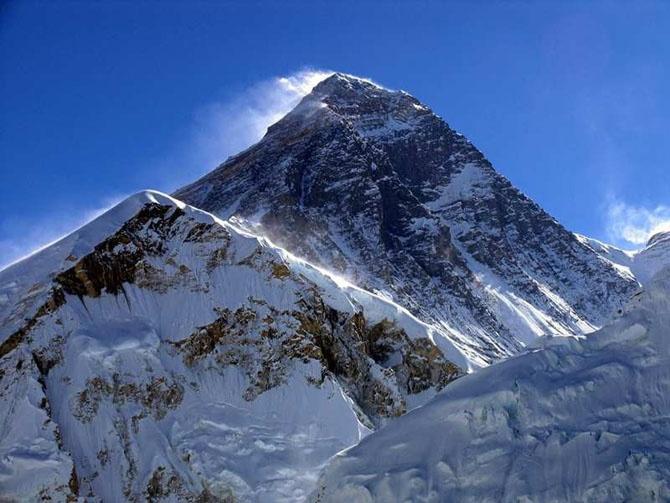 10 удивительных фактов про Эверест, которых вы еще не знали
