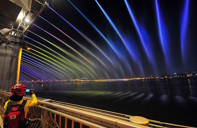 Самые великолепные и необычные фонтаны мира (27 фото)