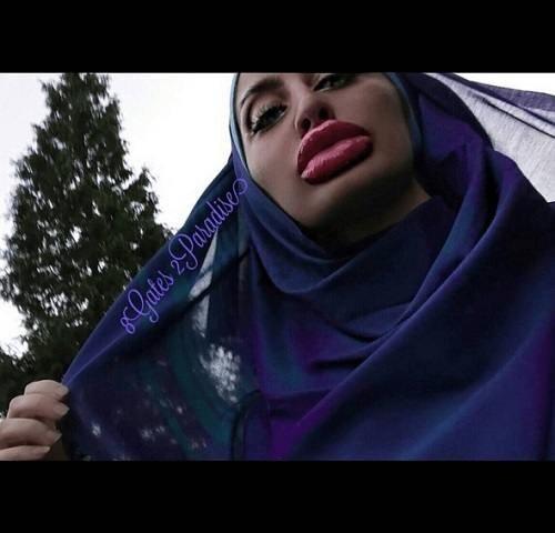 Губастая блогерша из Афганистана взорвала интернет