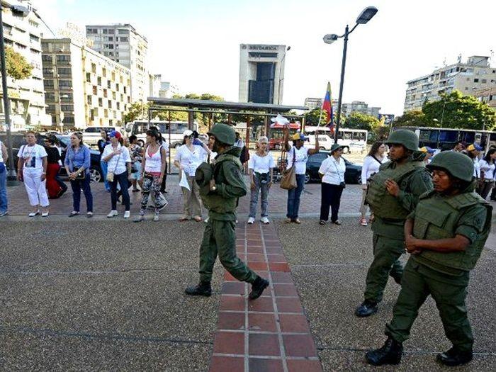 Голодные бунты в Венесуэле (18 фото)