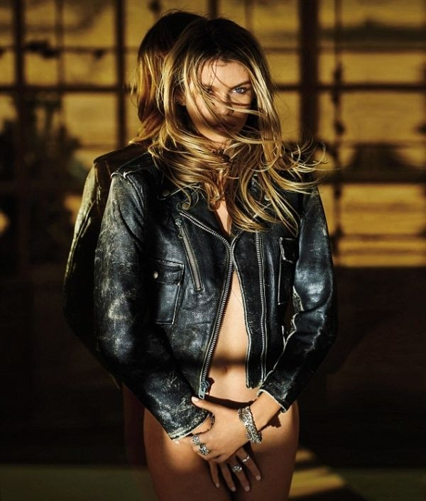 Cамая сексуальная женщина года по версии журнала Maxim