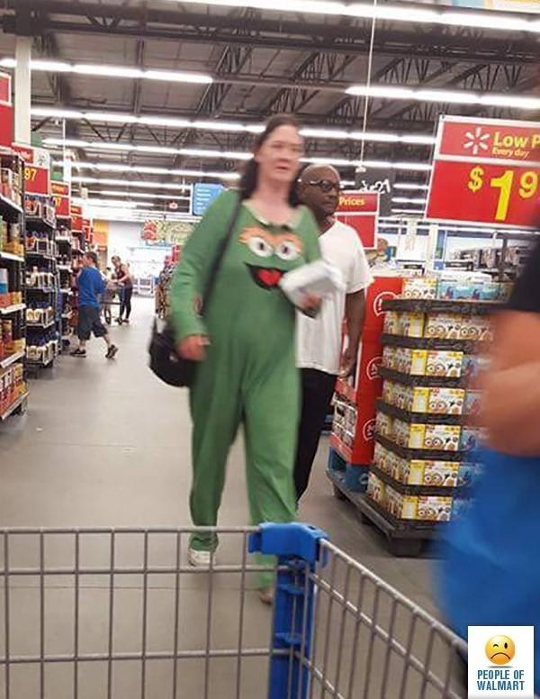 Ненормальные покупатели в супермаркетах (22 фото)