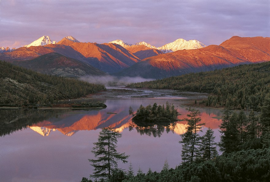 5 красивейших озёр России, которые надо увидеть каждому
