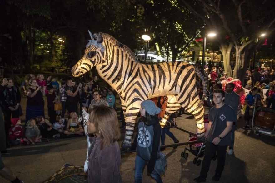 Парад бумажных фонариков (Luminous Lantern Parade) в Австралии