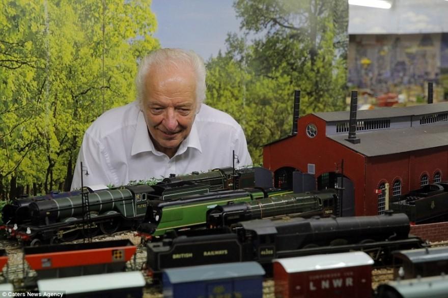 Пенсионер создал невероятную модель железной дороги за 250 тысяч фунтов стерлингов