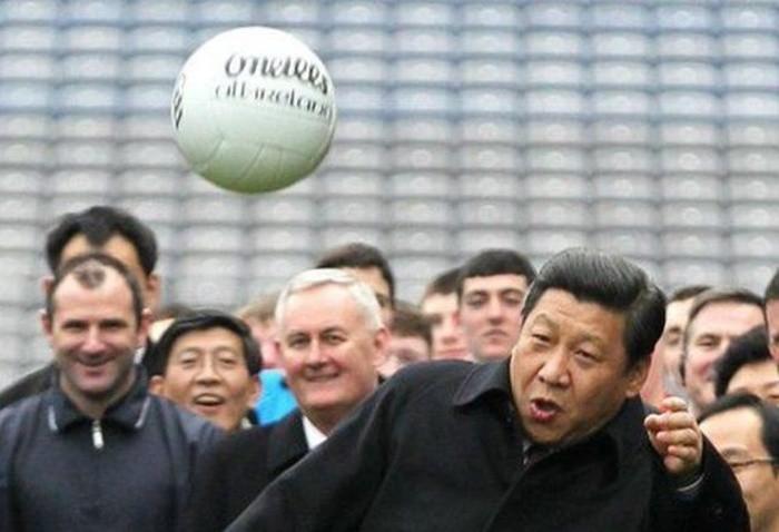 5 примеров наказания сборных команд по футболу (6 фото)