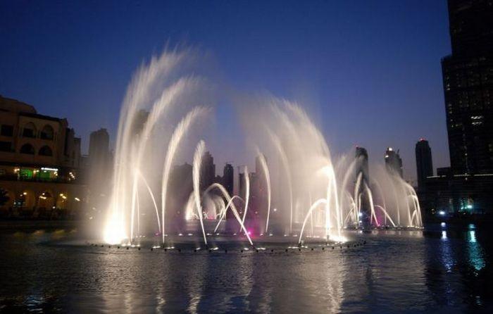 Самый большой фонтан в мире (20 фото)