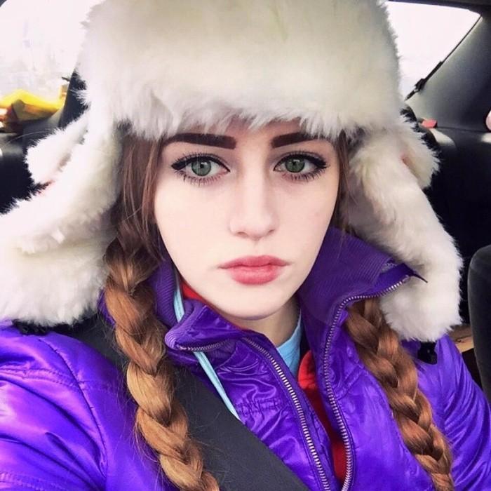 Свежие фото российской бодибилдерши Юлии Винс