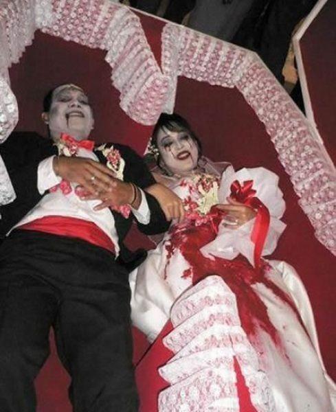 Нетрадиционные свадьбы (42 фото)