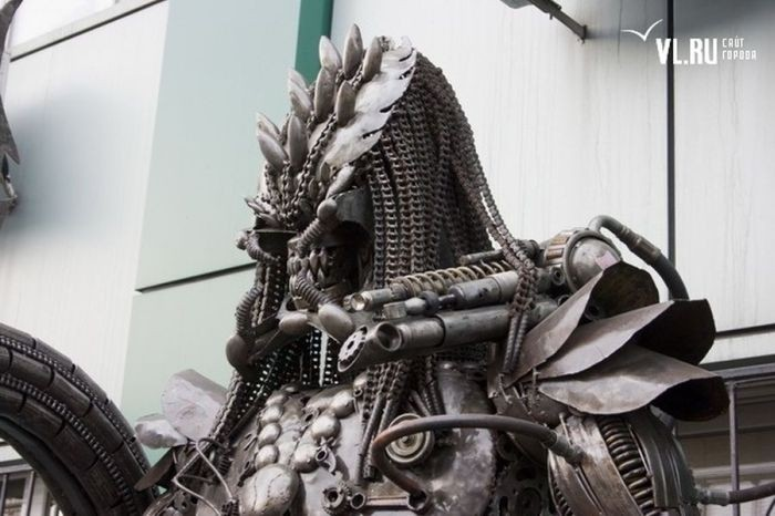 Чужой против Хищника во Владивостоке (17 фото)