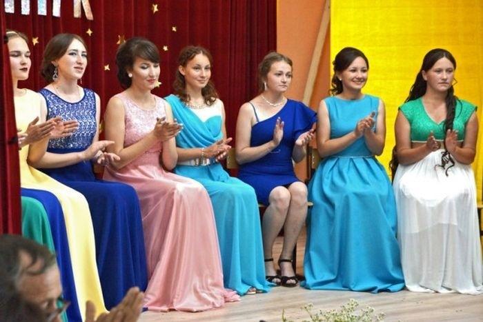 Скромный выпускной в Чувашской глубинке