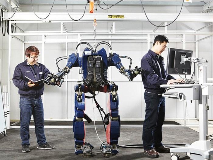 Экзоскелет от Hyundai (7 фото)