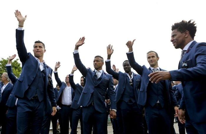 Как встречали чемпионов Европы по футболу в Лиссабоне
